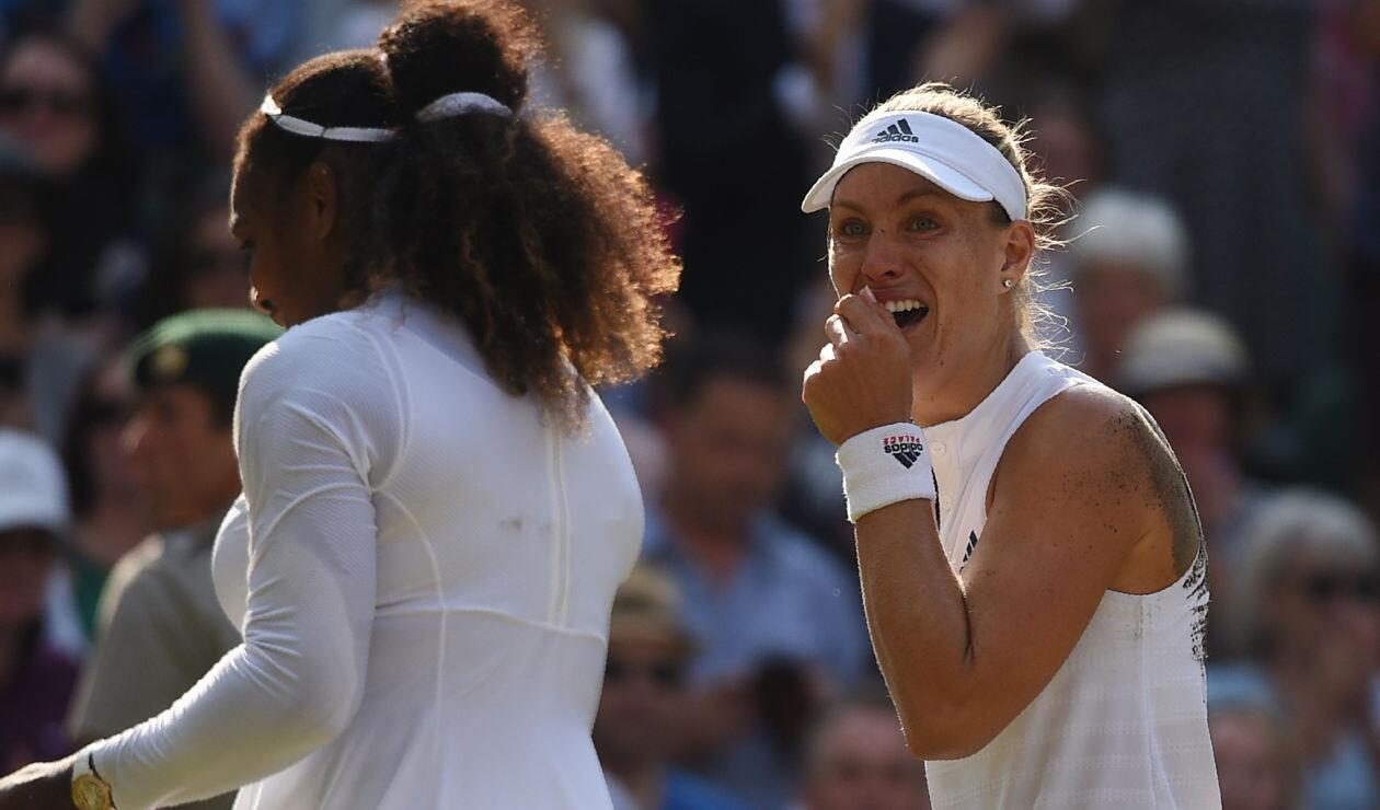 Angelique Kerber emocionada tras ganar el Campeonato de Wimbledon 2018 a Serena Williams
