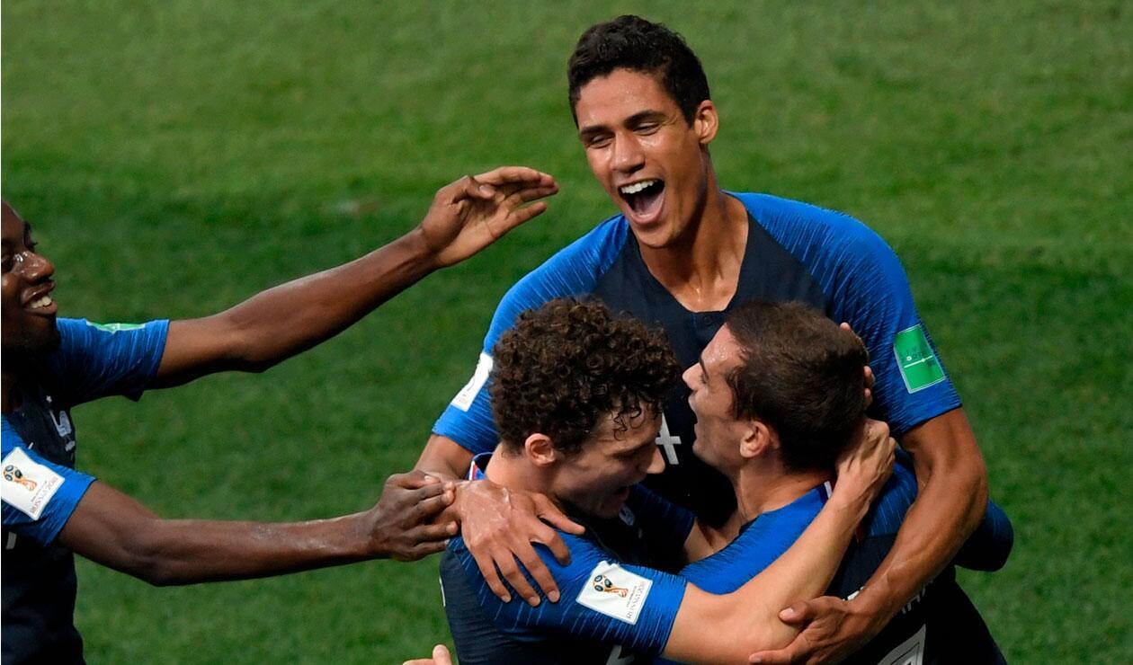 Raphael Varane  celebra uno de los de Francia ante Croacia en la final del Mundial