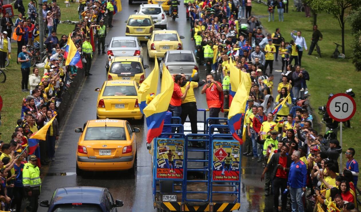 La calle 26 llena de aficionados colombianos