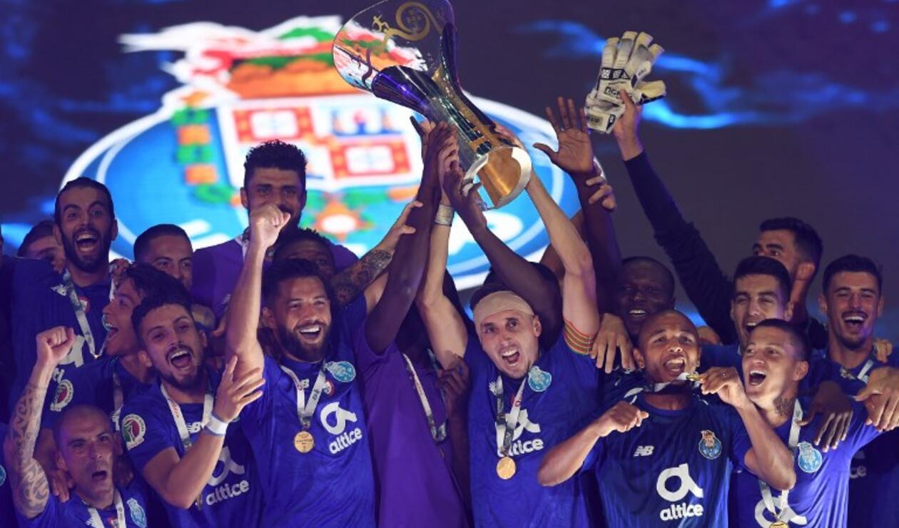 Oporto celebrando el título de la Supercopa de Portugal