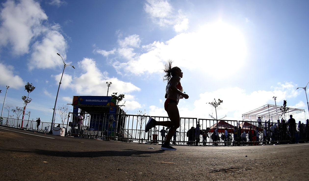 Prueba femenina de la maratón de los de los Juegos Centroamericanos y del Caribe Barranquilla 201