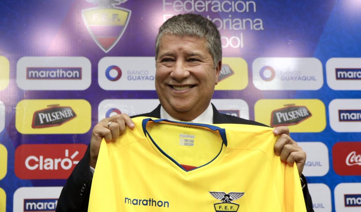 Hernán Darío Gómez en su presentación como nuevo seleccionador de Ecuador