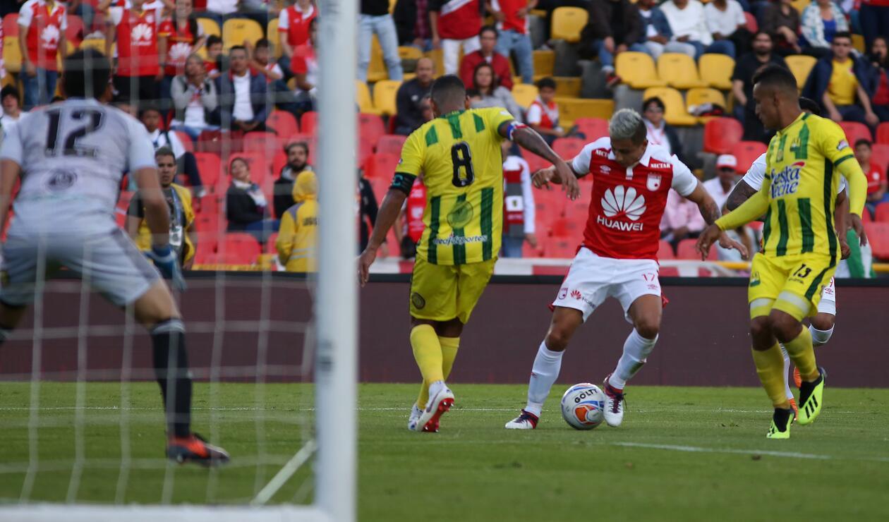 Santa Fe en ataque ante Bucaramanga