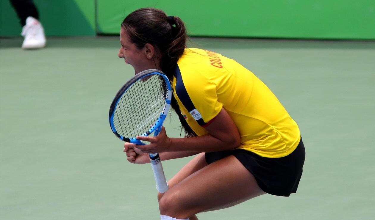 María Camila Osorio, tenista colombiana, celebra el el oro en los Juegos Centroamericanos y del Caribe Barranquilla 2018