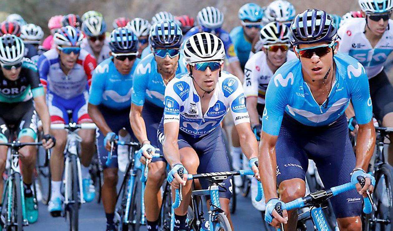 Nairo Quintana en el grupo principal durante la cuarta etapa de La Vuelta a España