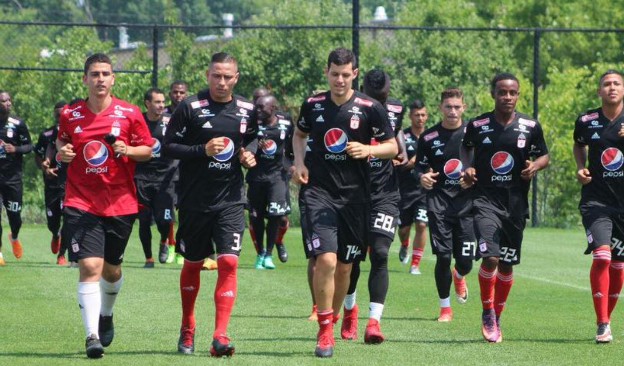 Anderson Zapata y Pedro Franco entrenando con América