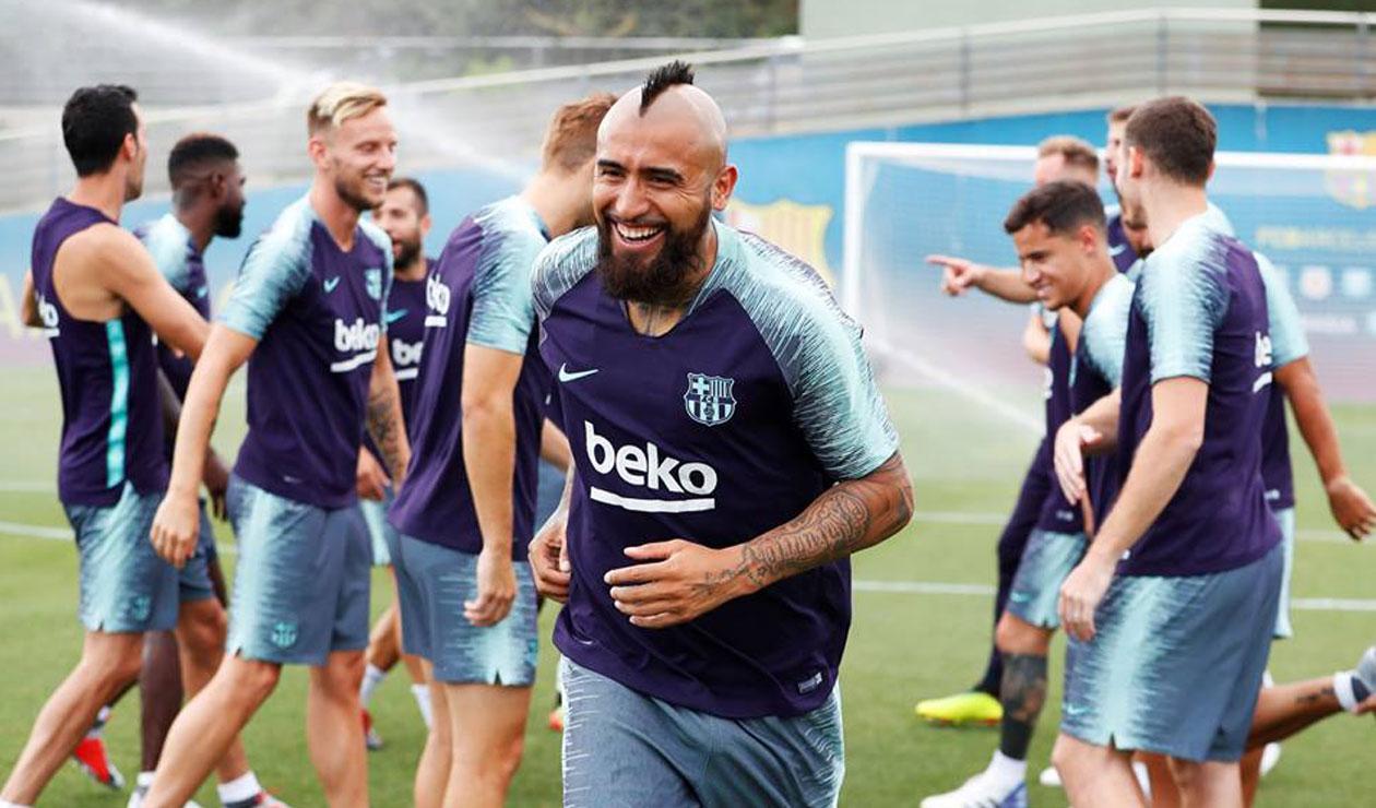 Arturo Vidal en uno de sus primeros entrenamientos con el FC Barcelona