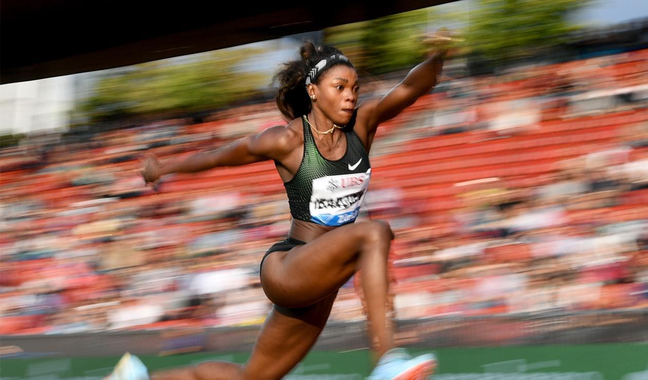 Caterine Ibargüen, campeona del salto triple y el salto largo en la Liga de Diamante