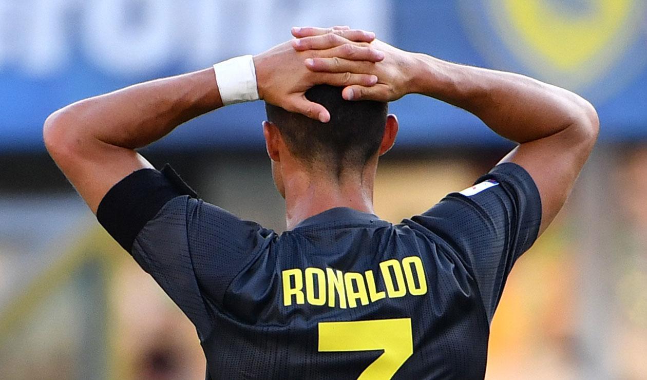 Cristiano Ronaldo debutando oficialmente con la Juventus en la primera fecha del Calcio