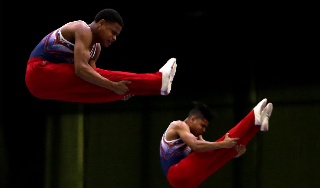 Juegos Centroamericanos y del Caribe Barranquilla 2018: Dos deportistas cubanos en la prueba de trampolín por parejas