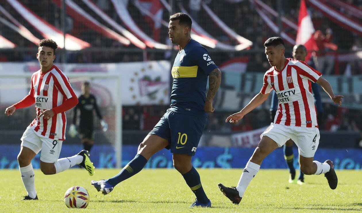 Edwin Cardona fue titular con Boca Juniors