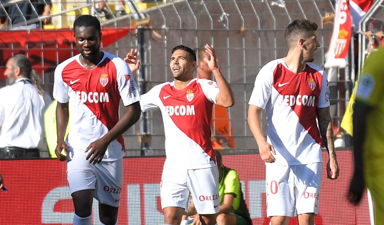 Falcao celebrando un gol con el Mónaco en la primera fecha de la liga francesa