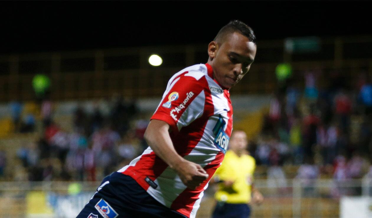 Jarlan Barrera fue relacionado para fichar por Nacional en enero