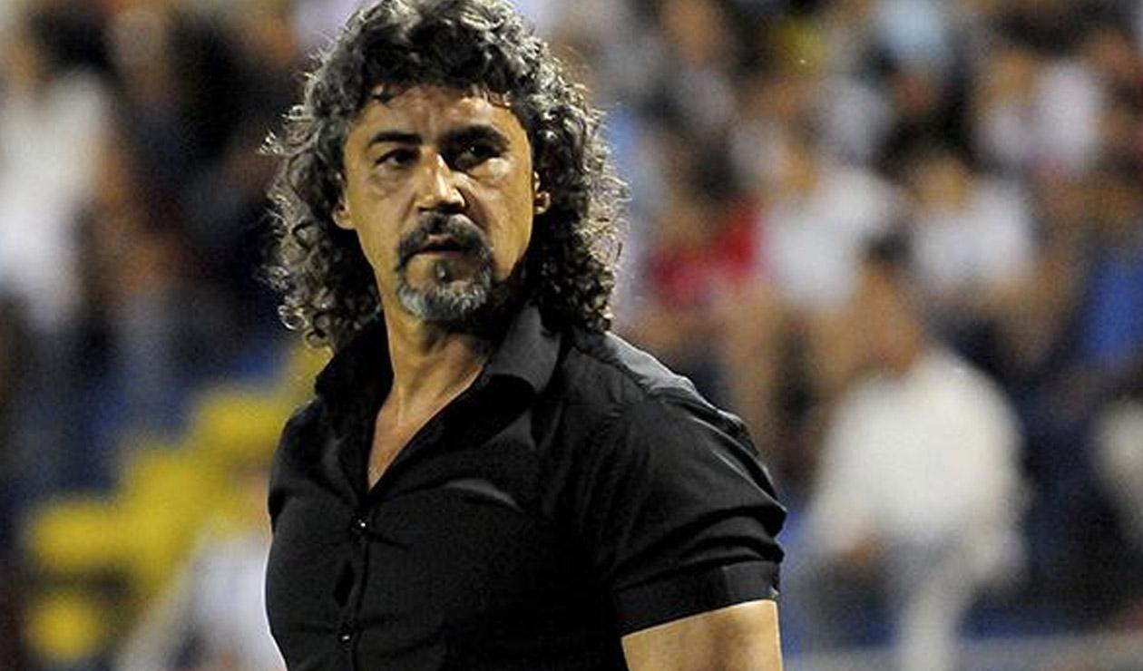 Leonel Álvarez, técnico colombiano, que ahora dirigirá al Libertad de Paraguay