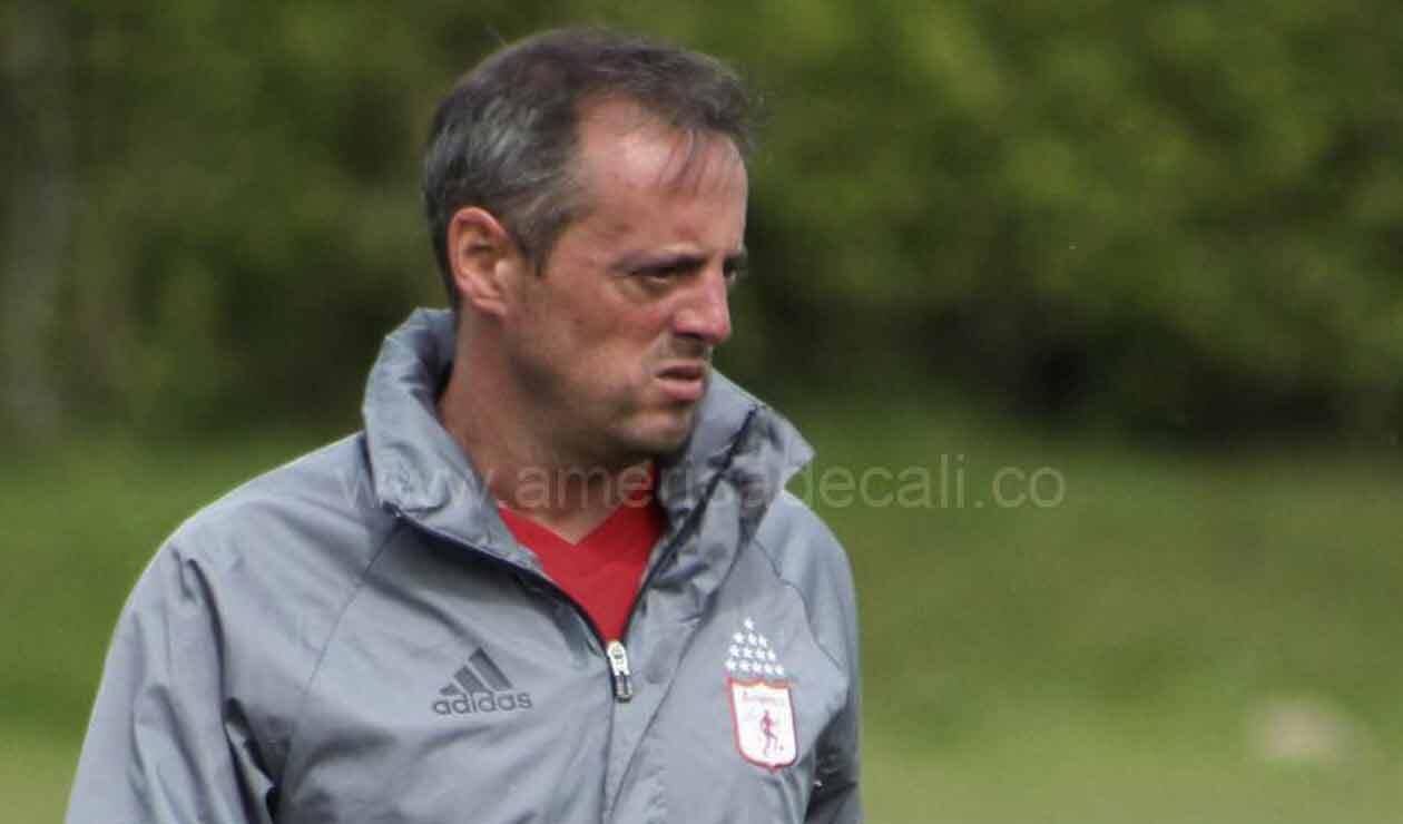 Pedro Santos en su época como técnico del América