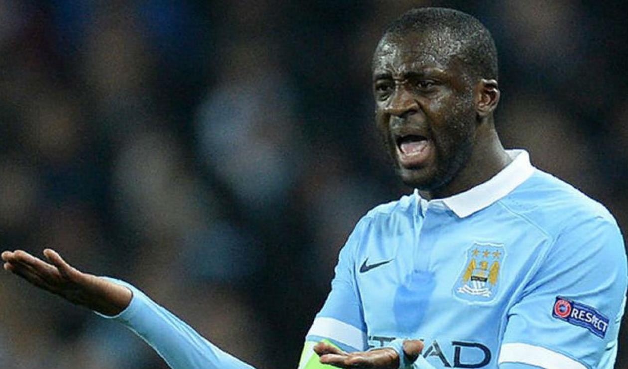 Yaya Touré, futbolista marfileño vistiendo la camisa del Manchester City