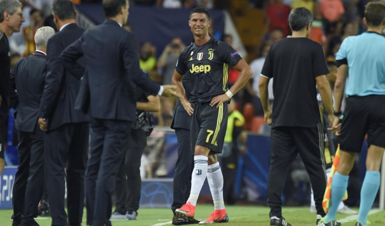 La reacción de Cristiano Ronaldo tras su primera expulsión en la Champions