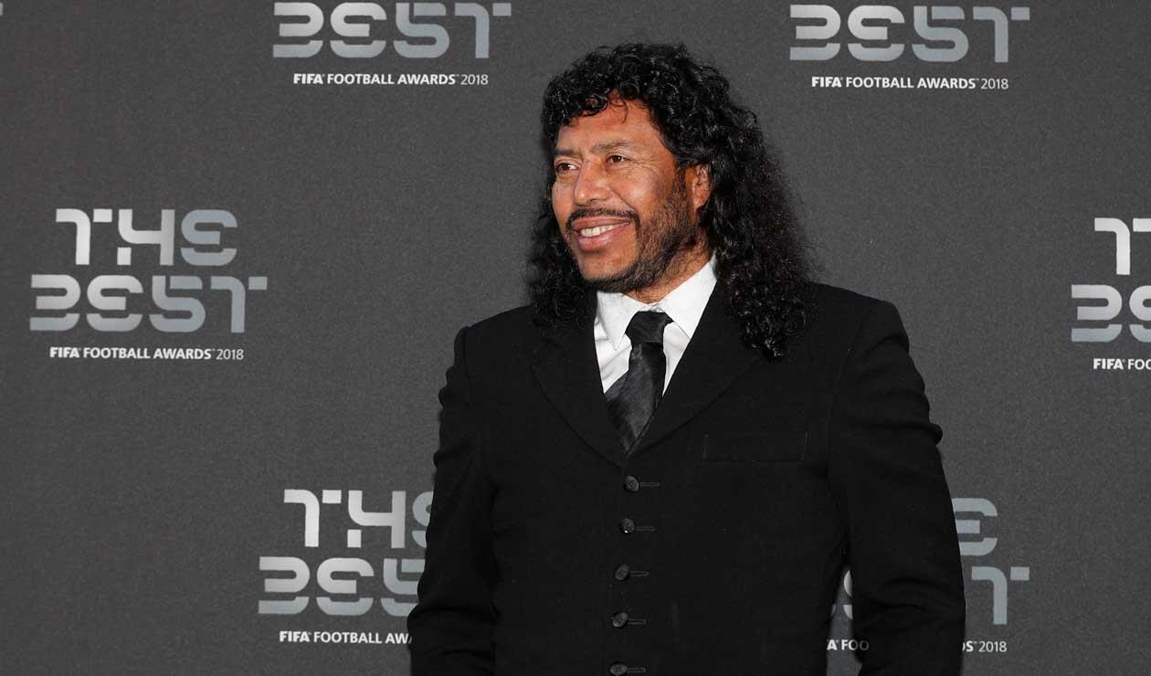 René Higuita antes de iniciar la gala de los premios The Best organizada por la FIFA
