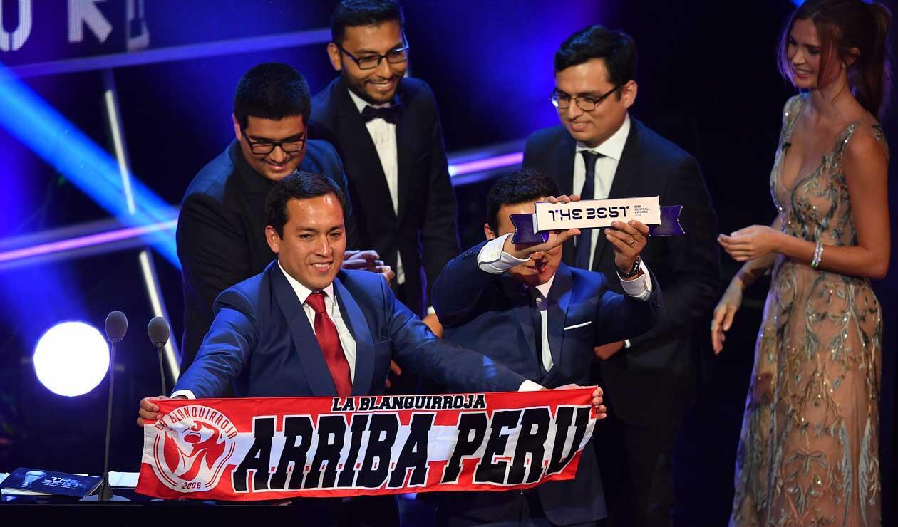 Hinchas de Perú que visitaron Rusia para la Copa Mundial 2018 hablan después de ganar el trofeo del FIFA Fan Award 2018