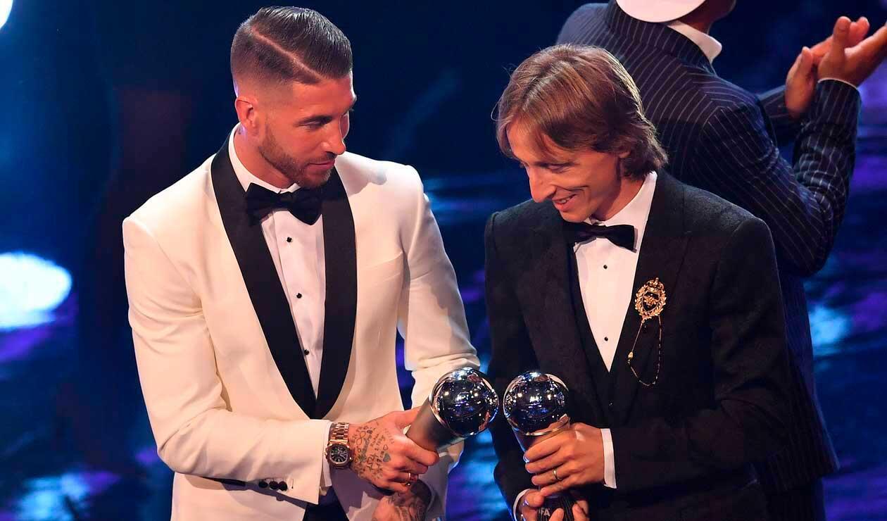 El español Sergio Ramos y el croata Luka Modric en la gala de los premios The Best organizada por la FIFA