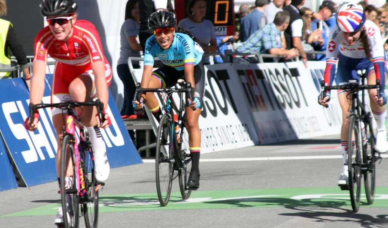Erika López en la prueba de ruta junior de los Mundiales de Ciclismo