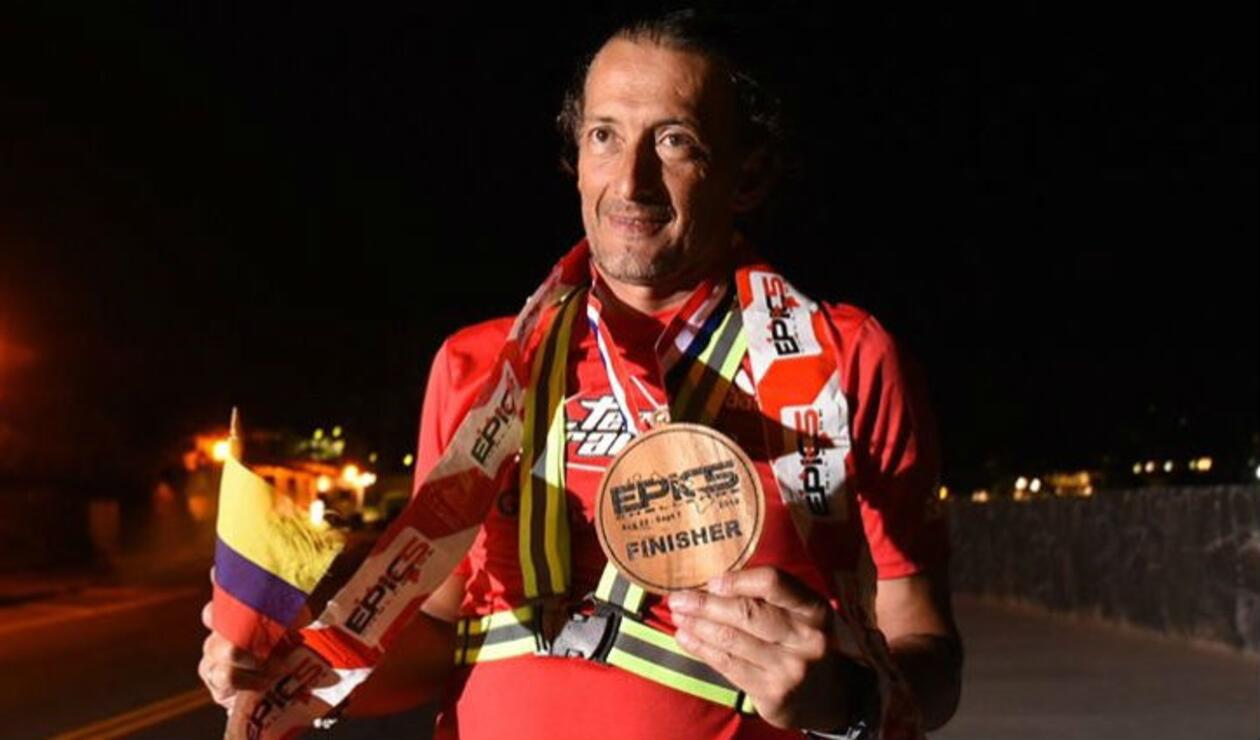 Edwin Vargas, primer colombiano en ganar la prueba de triatlón más difícil del mundo