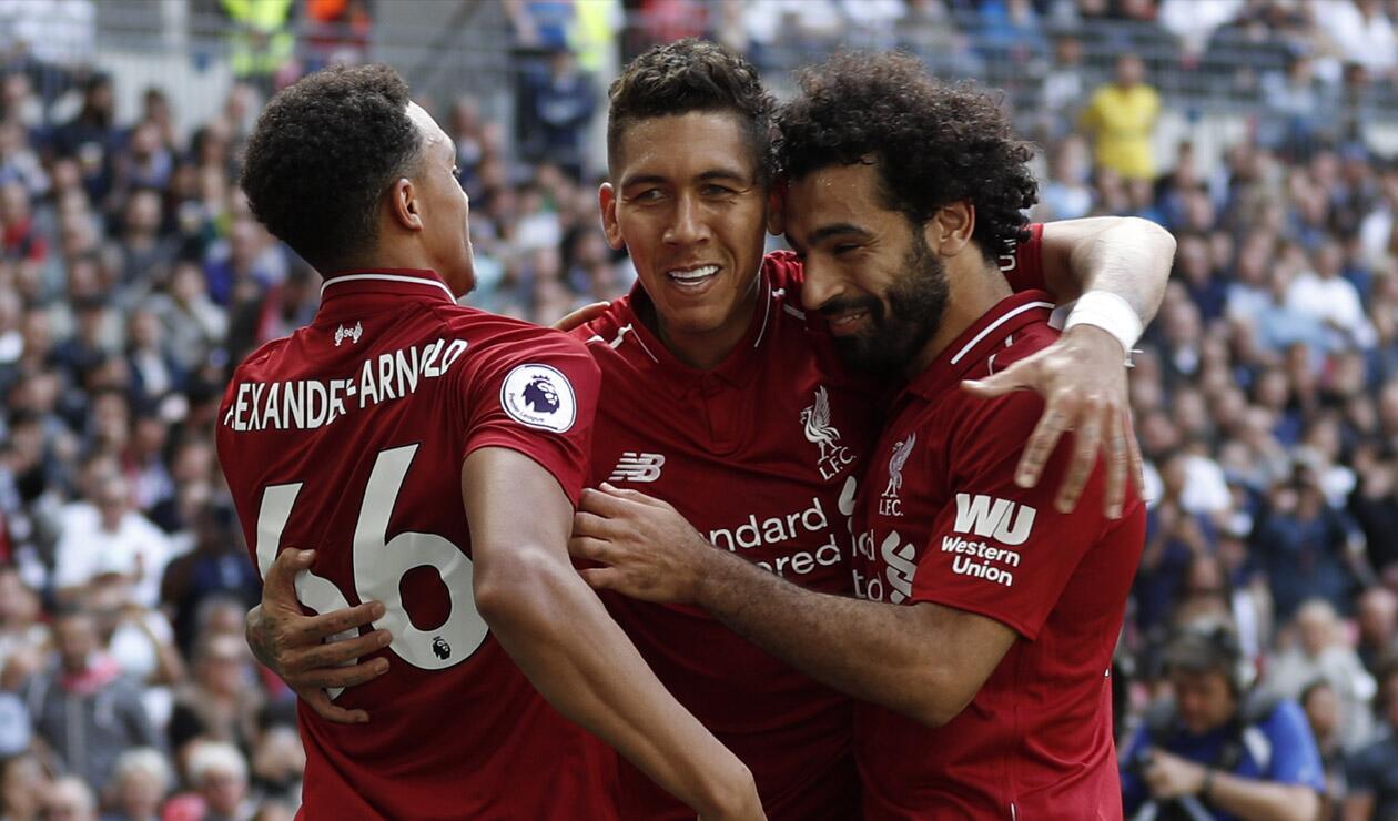 Jugadores del Liverpol celebrando un gol