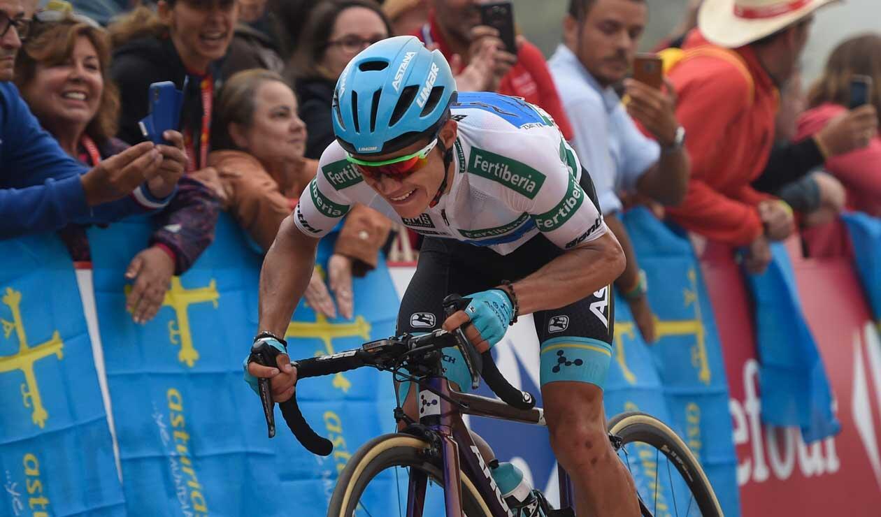 Miguel Ángel López durante una de las etapas de La Vuelta a España 2018