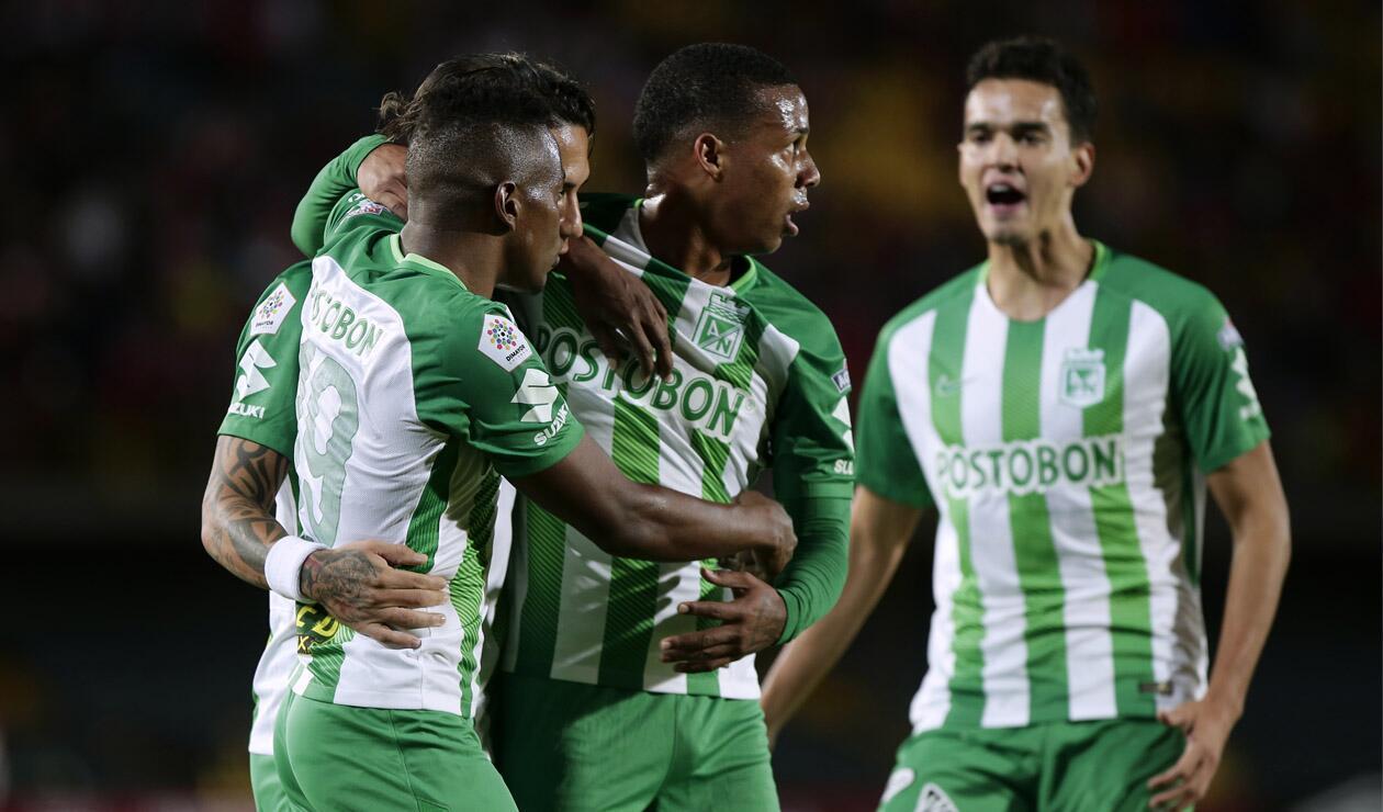 Atlético Nacional celebrando un gol en la Liga Águila