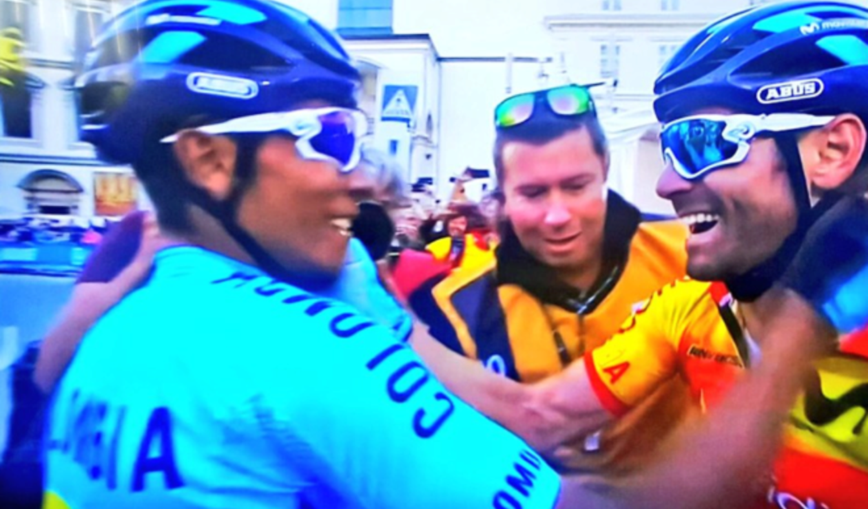 Nairo Quintana felicita a Valverde en el mundial