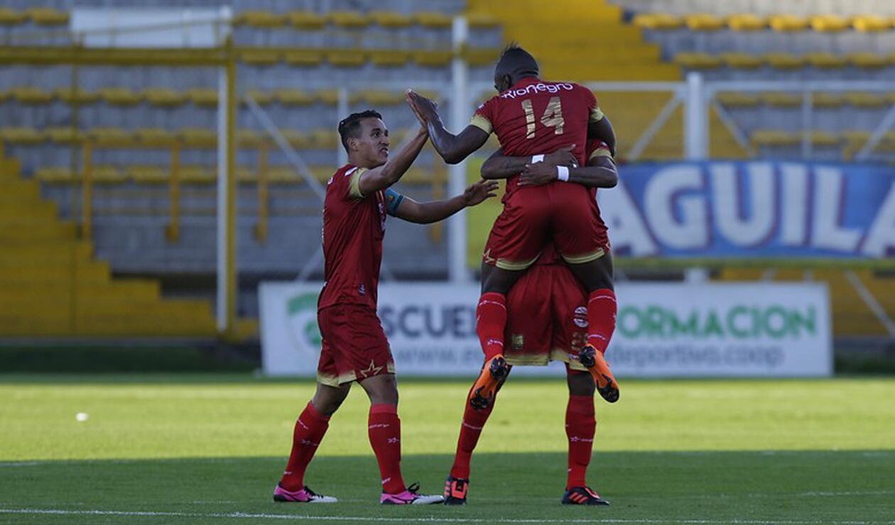 Jugadores de Rionegro Águilas