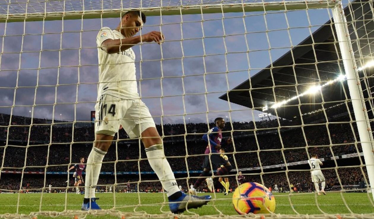 Casemiro, luego del quinto gol del Barcelona anotado por el chileno Arturo Vidal
