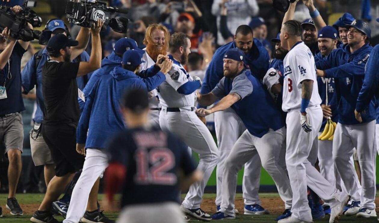 Dodgers-Boston protagonizaron el partido más largo en la historia de la Serie Mundial