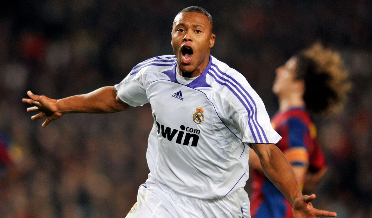 Julio Baptista, la 'Bestia', anotó el único gol del encuentro disputado en el estadio Camp Nou
