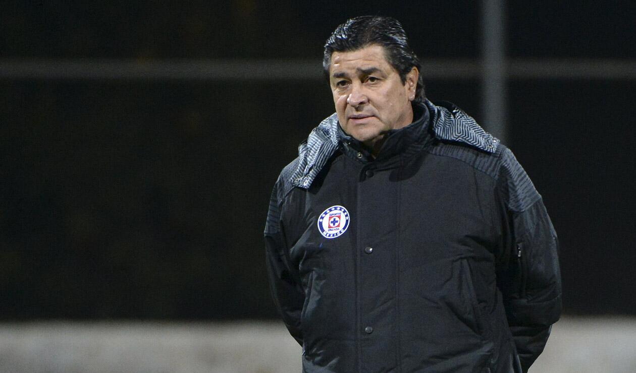 Luis Fernando Tena, técnico mexicano