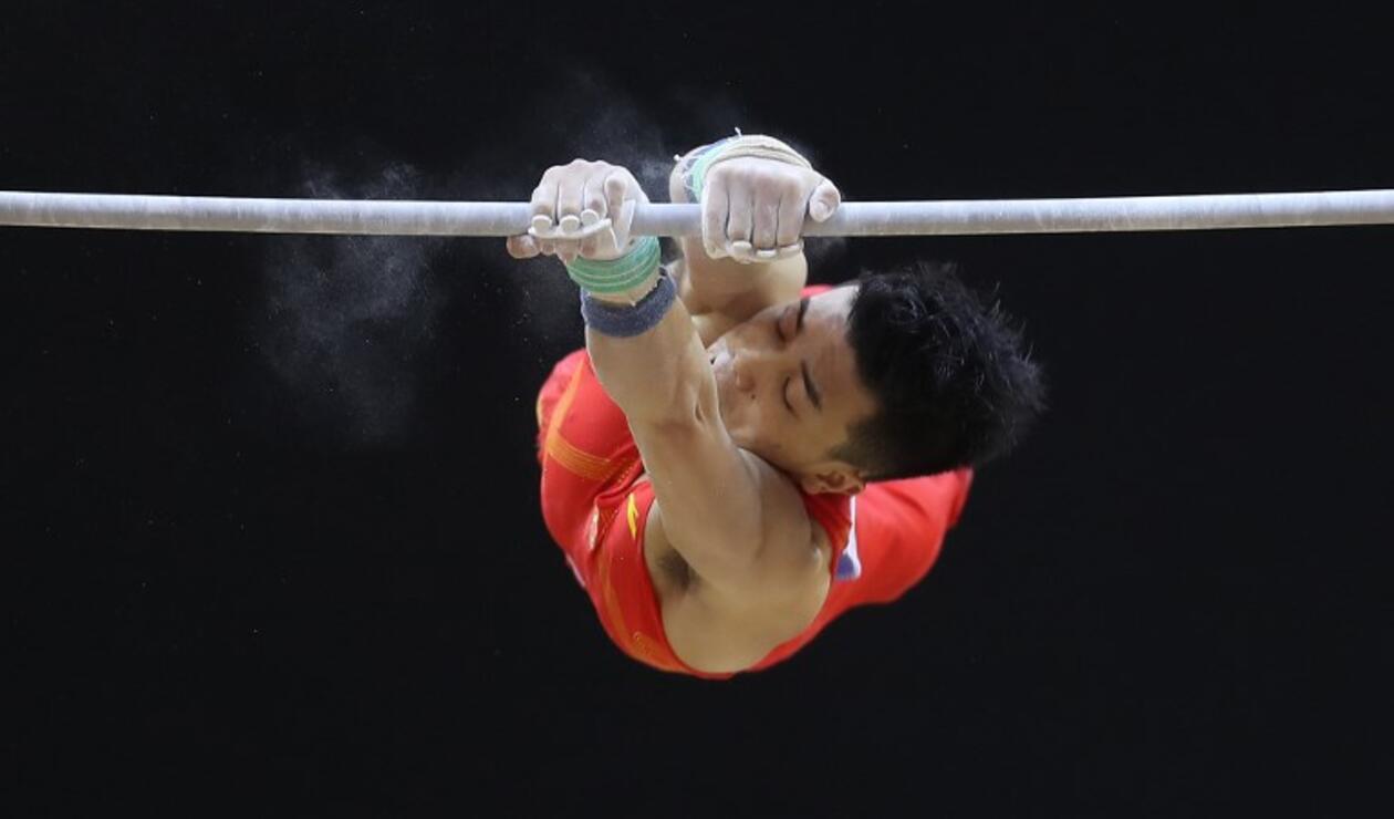 China recupera el trono de la gimnasia masculina