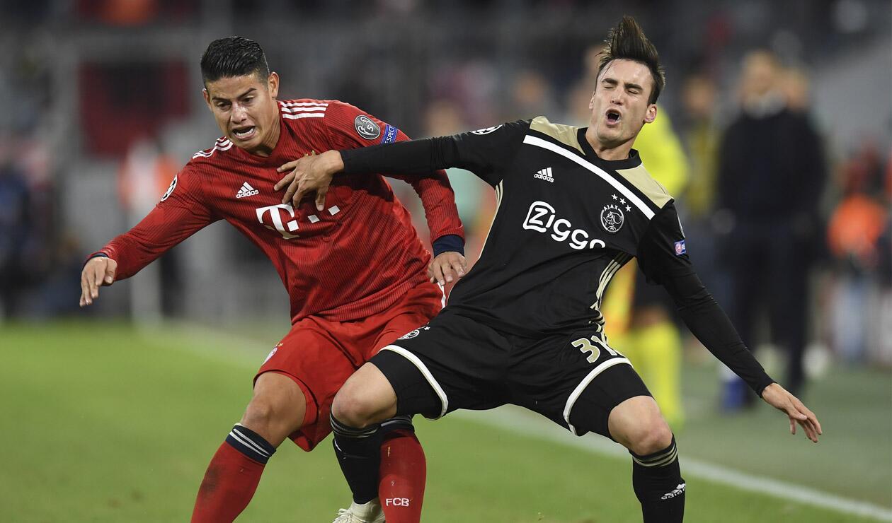 James en el partido donde el Bayern enfrentó al Ajax
