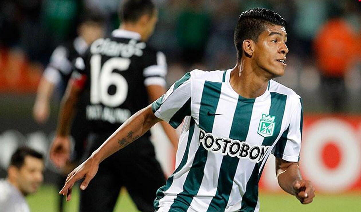 Yulián Mejía jugando para Atlético Nacional
