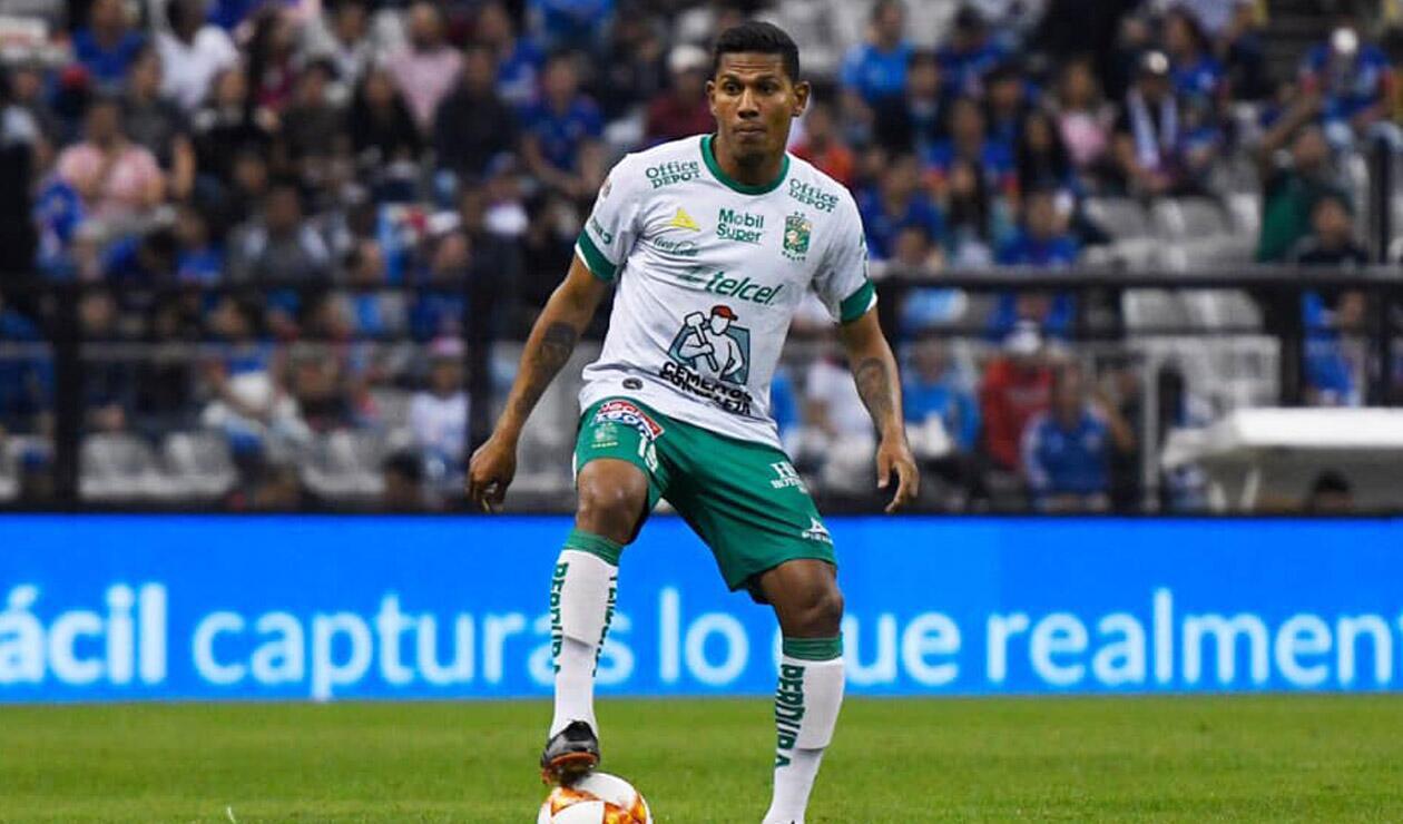 Alexander Mejía, jugador de León