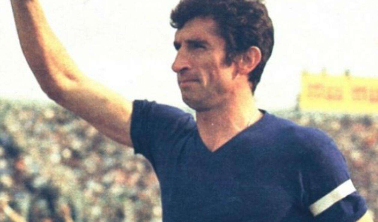 5. Antonio Rattin. El eterno capitán de Boca que demostró ser un líder dentro de la cancha y un referente para sus compañeros y rivales. Disputó 382 partidos entre 1956 y 1970, siendo ésta la única camiseta que lució en su carrera. Ganó cuatro títulos.