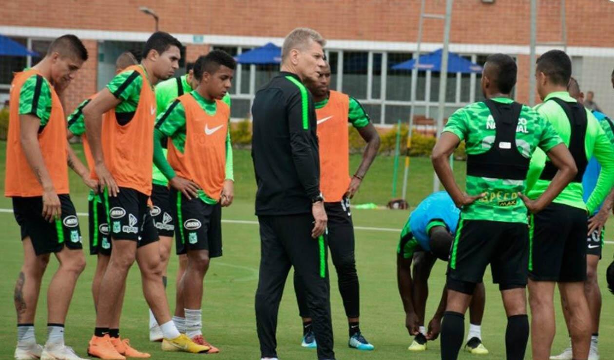 Paulo Autuori, técnico de Atlético Nacional, en un entrenamiento