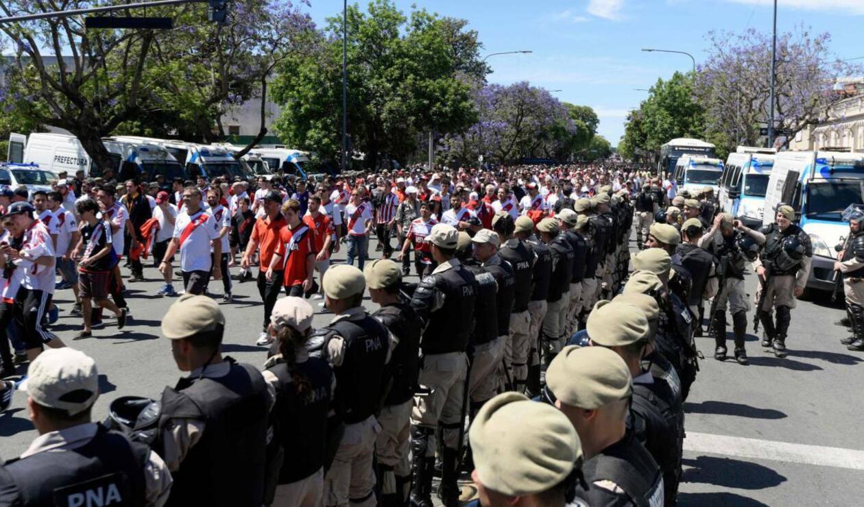 El partido Boca Juniors Vs River Plate pasó a la historia de los mayores ridículos de la historia