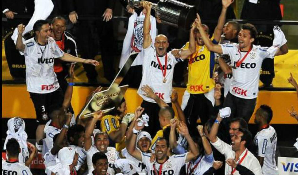 Corinthians (Brasil), campeón de la Copa Libertadores 2012.