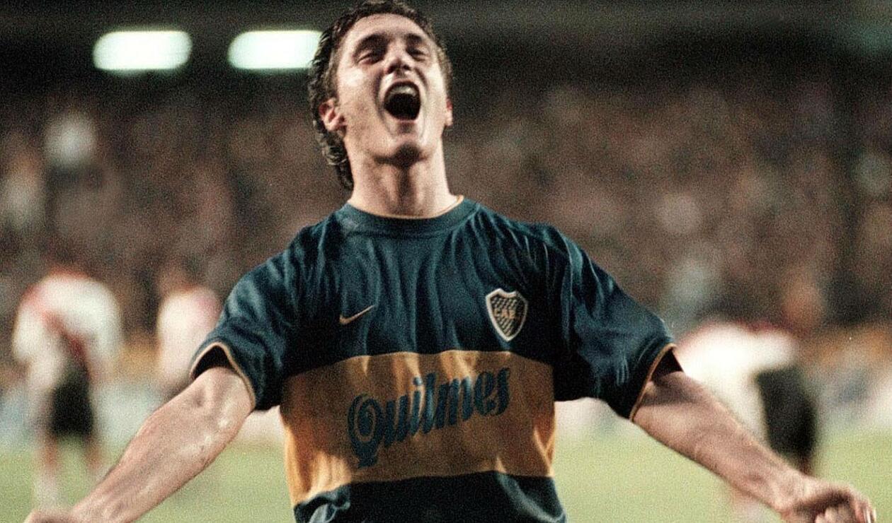 6. Guillermo Barros Schelotto. Estuvo junto Martín Palermo en la dupla histórica del club. Aunque fue suplente de Caniggia, cuando llegó a la titular demostró lo habilidoso e inteligente que era para jugar. Es el segundo jugador con más títulos en la historia de Boca con 16.