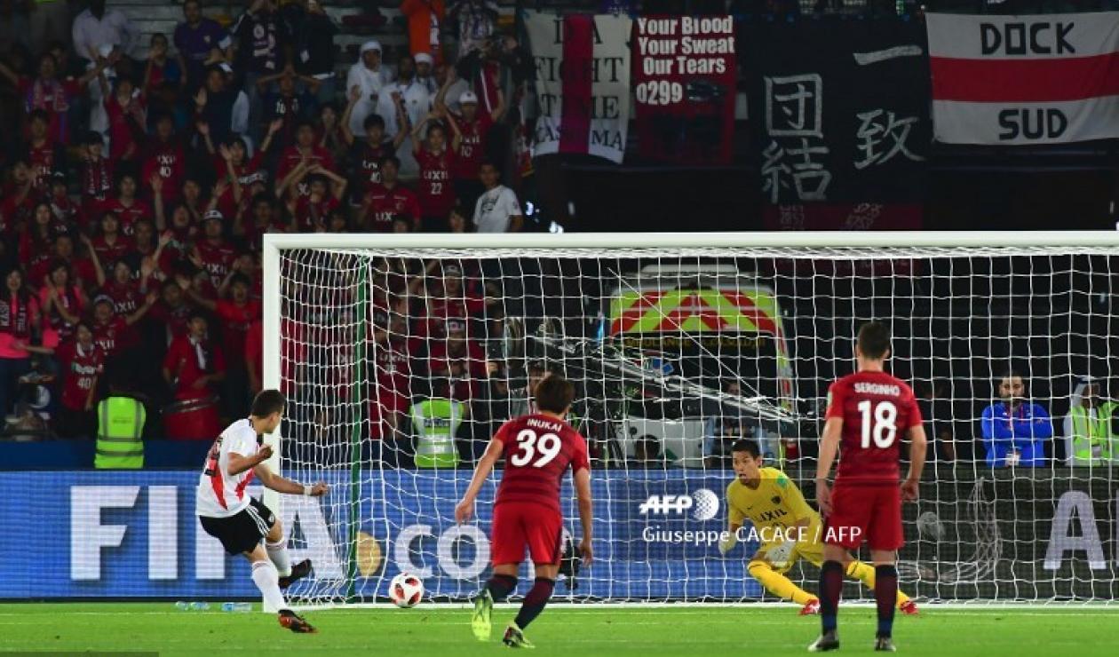 Rafael Santos Borré, anotó en la victoria de River ante Kashima.