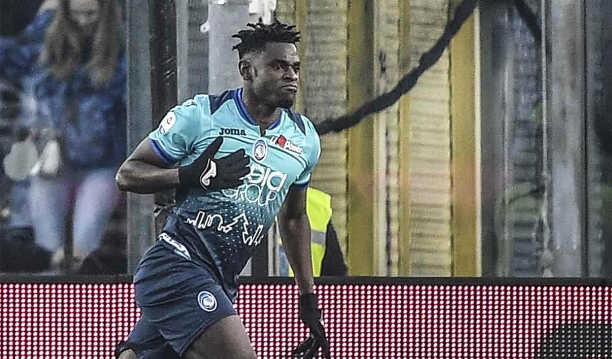 Duván Zapata, delantero colombiano en el Atalanta
