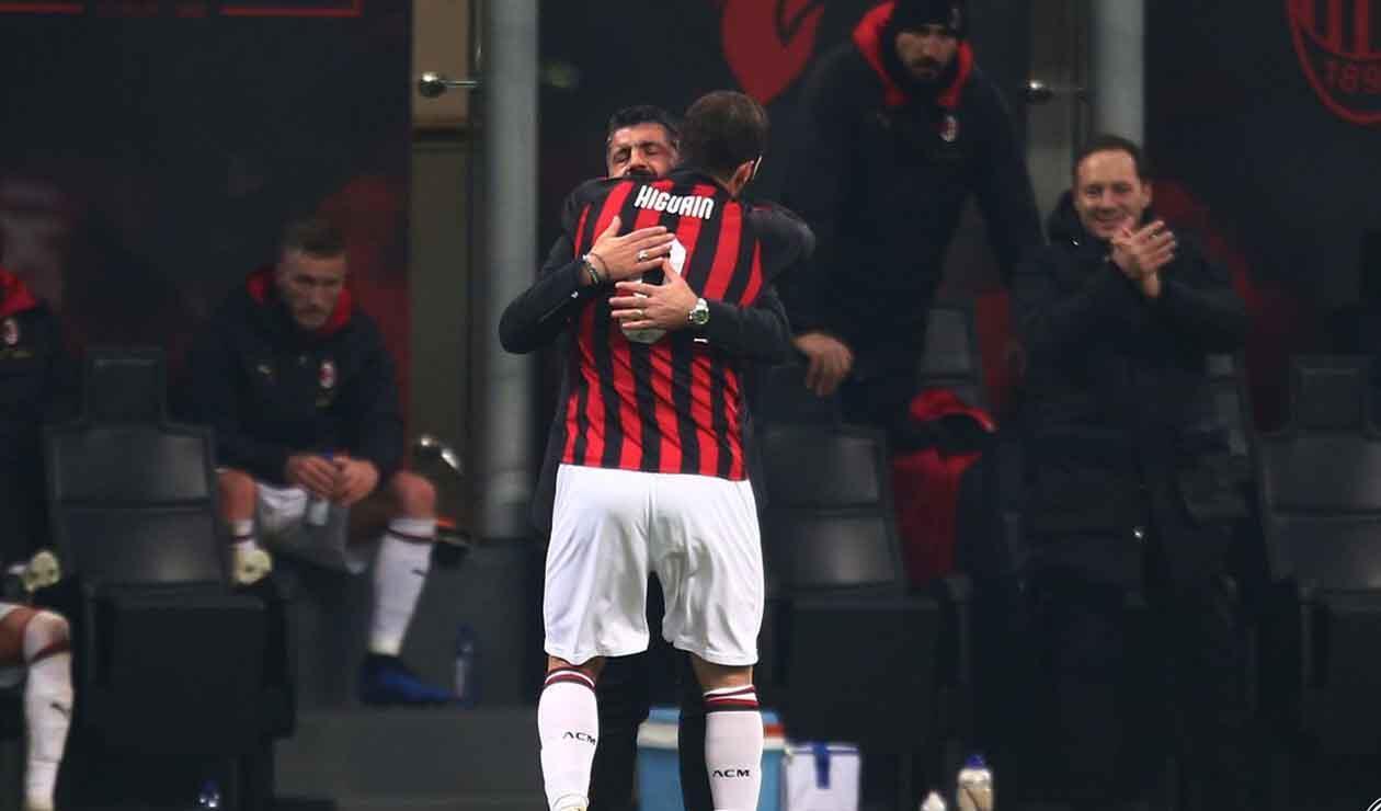 Gonzalo Higuaín y Gennaro Gattuso
