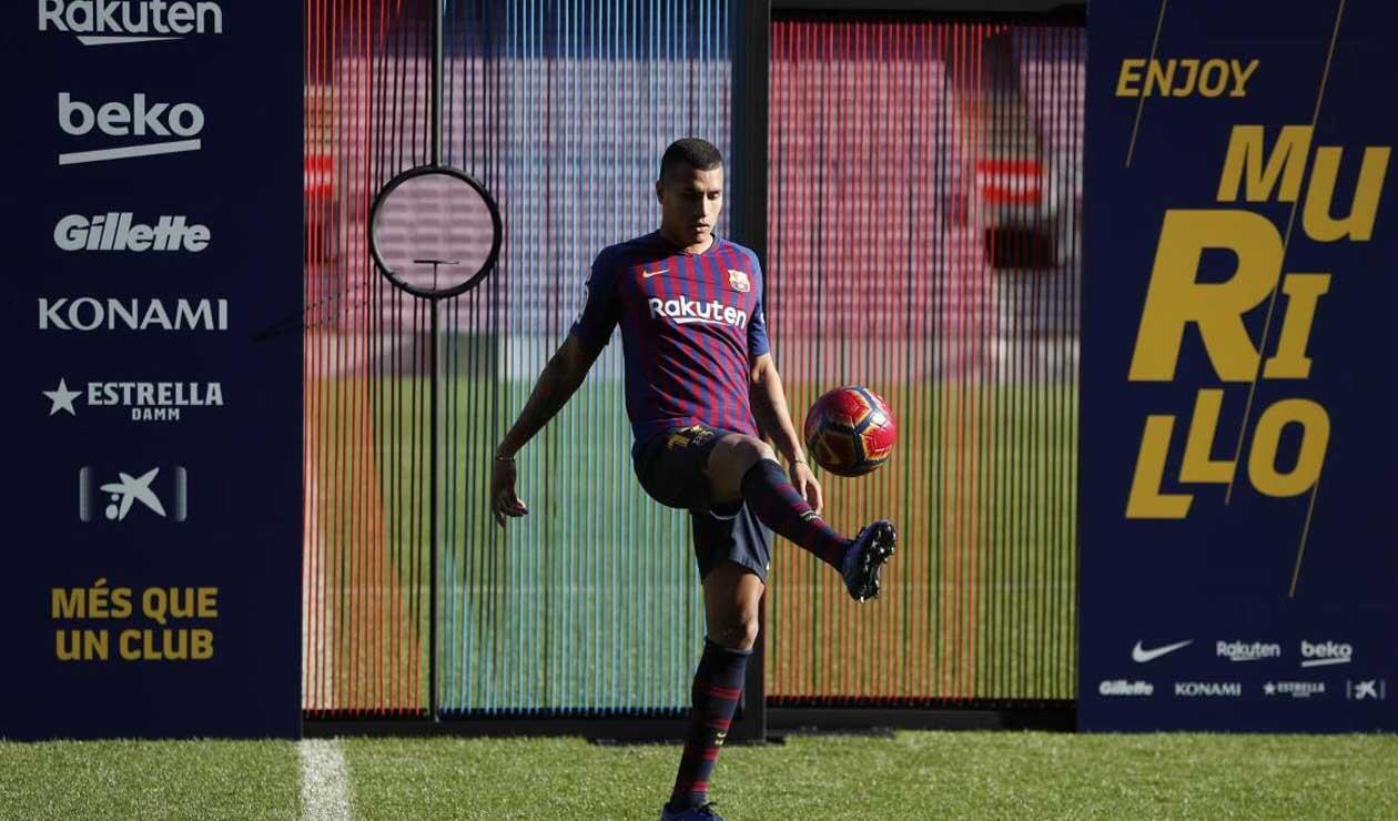 Murillo mostrando su habilidad con el balón