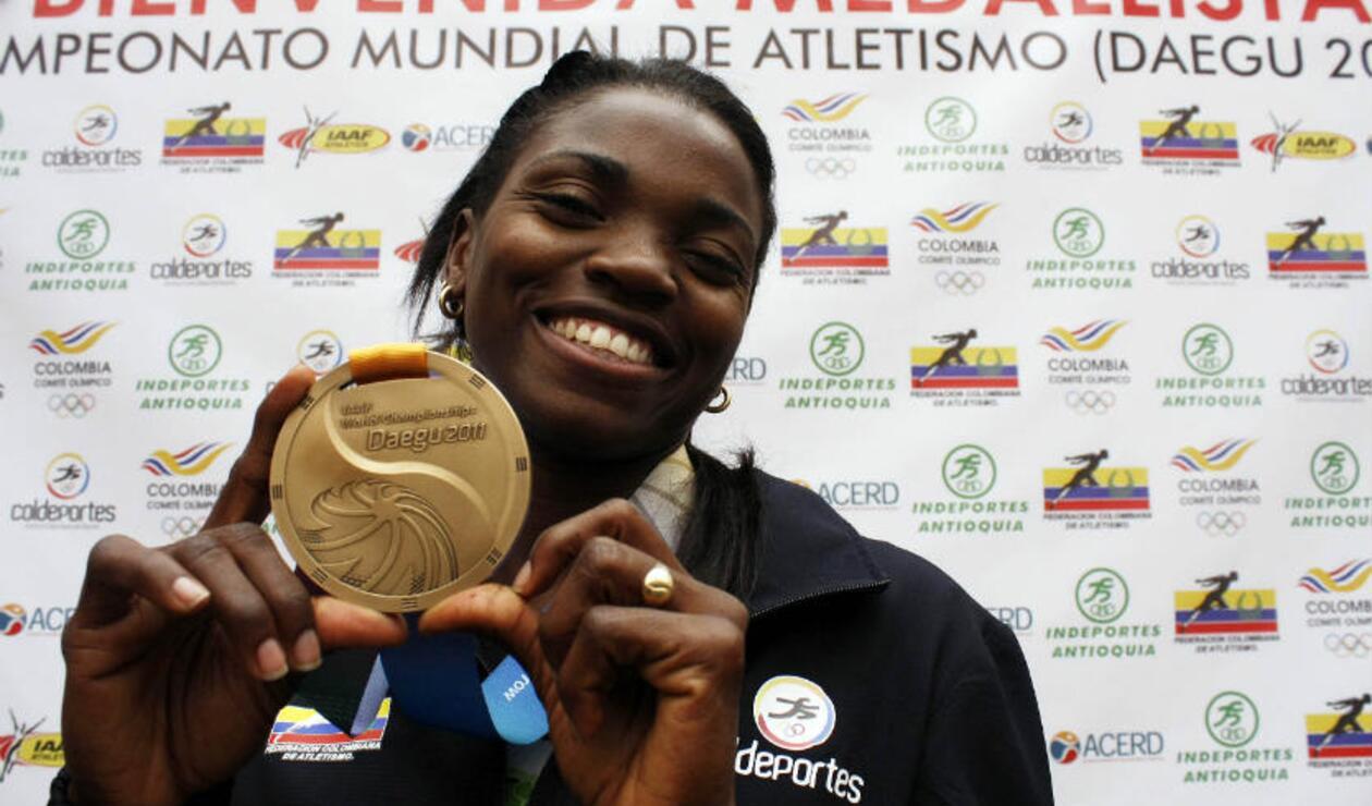 Caterine Ibargüen medalla de bronce mundial de atletismo 2011