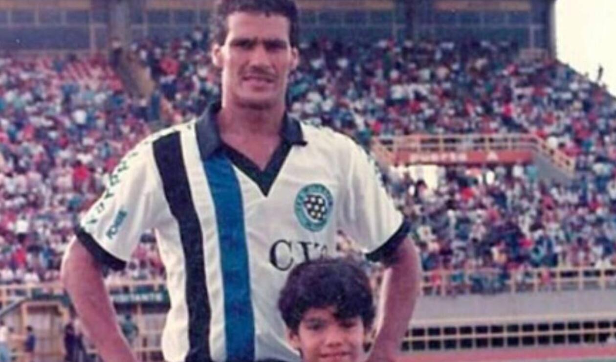 Falcao García de niño junto a su padre, Radamel García